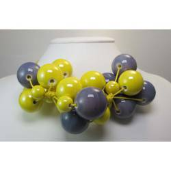 "Necklace in yellow cotton with ""grapes"" of gray and yellow ceramic"