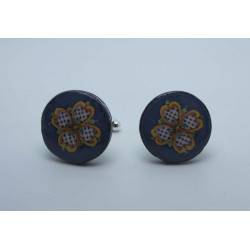 Cufflinks with enamelled lava lapilli (quatrefoil design)