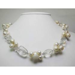 Cluster necklace with pearls, moonstone and rocky quartz