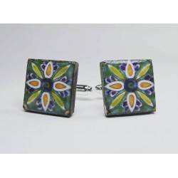 Cufflinks with enamelled lava lapilli (daisy design)