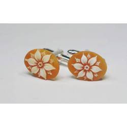Cufflinks with oval cameo