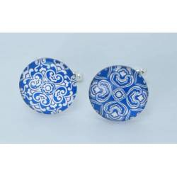 "Round cufflinks with cabochon glass ""different but complementary"""