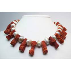 Necklace with madrepora (sponge coral) branches and pearls