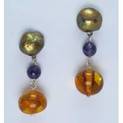 Earrings with brown pearls, amethysts and amber
