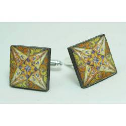 Cufflinks with enamelled lava lapilli (wind rose design)