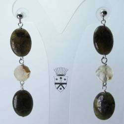 Earrings with labradorite and quartz