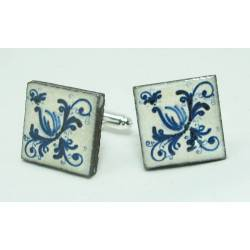 Cufflinks with enamelled lava lapilli (the blue flower)