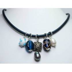 Blue leather necklace with murrine, peacock and white baroque pearls