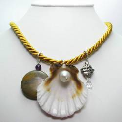 Gold silk necklace with shell, baroque pearl, jasper, amethyst and Swarovski crystal