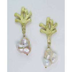 Golden coral branch earrings with baroque pearls