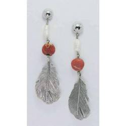 Long earrings with pearls and madrepora
