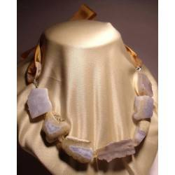 Necklace with chalcedony, citrine quartz and mother of pearl rings