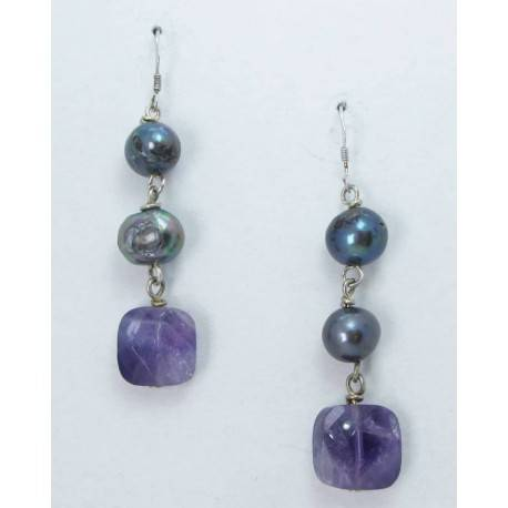 Silver earrings with grey baroque pearls and amethyst