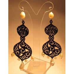 Chandelier silver earrings with pearls and moonstone on LineaErre embroidery