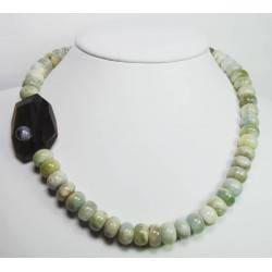 Necklace with aquamarine, tiger eye and cabochon amethyst